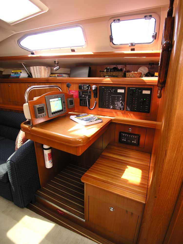 hunter 466le 2005 for sale by jan guthrie yacht brokerage