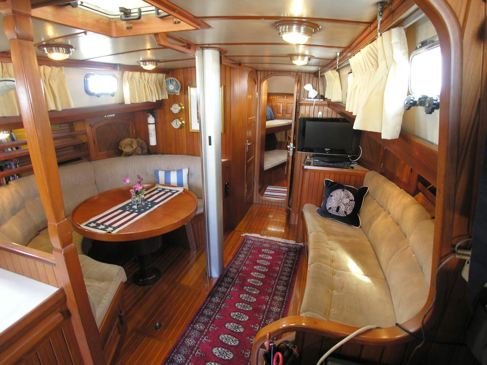 Slocum 43 beautiful interior