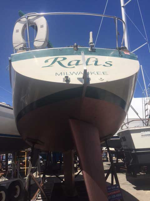 Cal 2-30 1969 for Sale by Jan Guthrie Yacht Brokerage